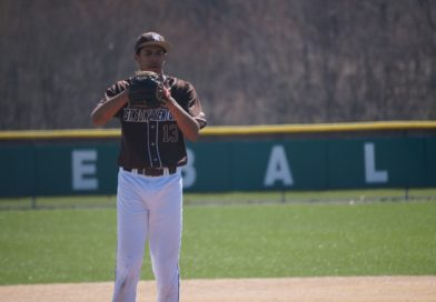 Phillips, Baker propel Bonnies to sweep