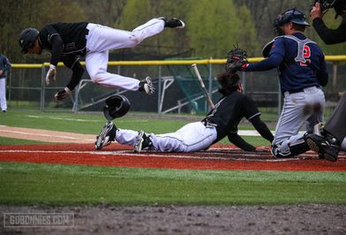 Bonnies end series with walk-off over Spiders